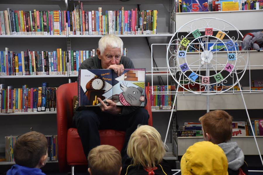 Click to enlarge image National Simultaneous Storytime Gunnedah Library 1.JPG